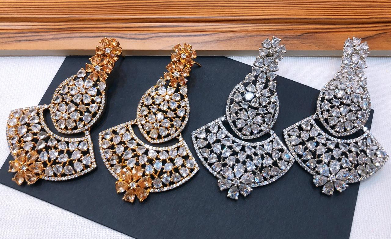 One Carat Gold Earring